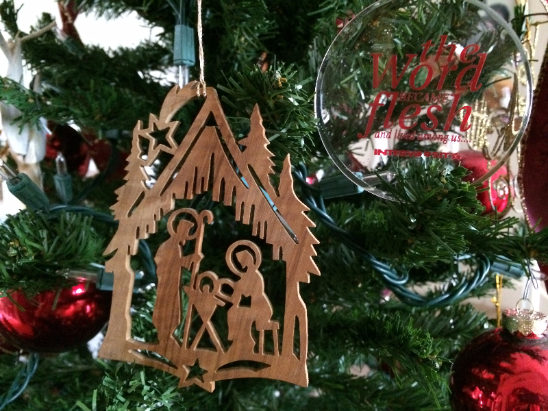 alice_lee_ornament