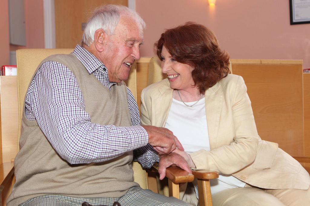 1129-senior-health-having-talk